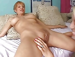 free lesbian solo videos